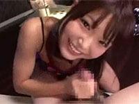 笑顔がメチャクチャかわいい、気立ての良いコがフェラと手コキで大サービス!