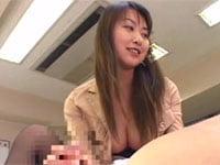 青木玲が、変幻自在の言葉責めと手コキでダメ社長にお仕置き!