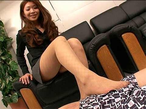 【寸止め】ドスケベ女社長の寸止め足コキで発射限界!【足コキ】