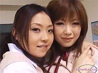 レズカップルがM男にオナニー命令! 亜紗美と浜崎りおが、男に見せつける極上おっぱいレズプレイ。