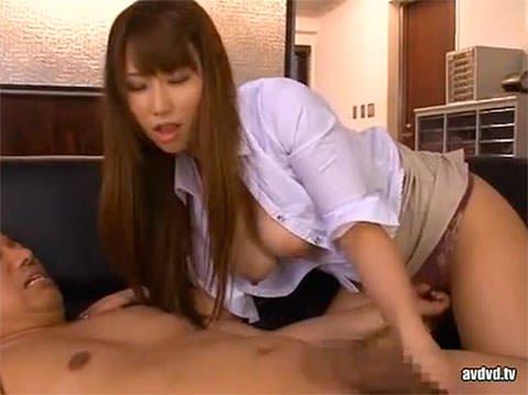 バレたらヤバい状況でHカップの巨乳OL佐山愛ちゃんとセックスするスリルW