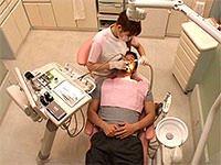 「ワザと胸を密着してくる歯科衛生士/整体師/看護師の誘惑治療で思わず勃起したらヤられた」 VOL.1