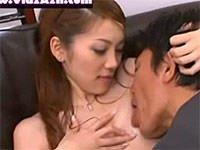 目が釘付けになるフェラチオっ!小川あさ美が全裸でお出迎えするエロ過ぎ夫婦生活。